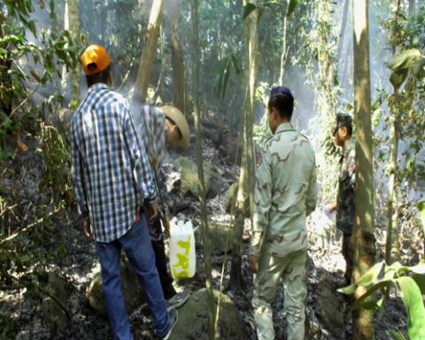 ผ่าน 2 วัน จันทบุรียังควบคุมไฟไหม้ป่าบนเทือกเขามะขามไม่ได้